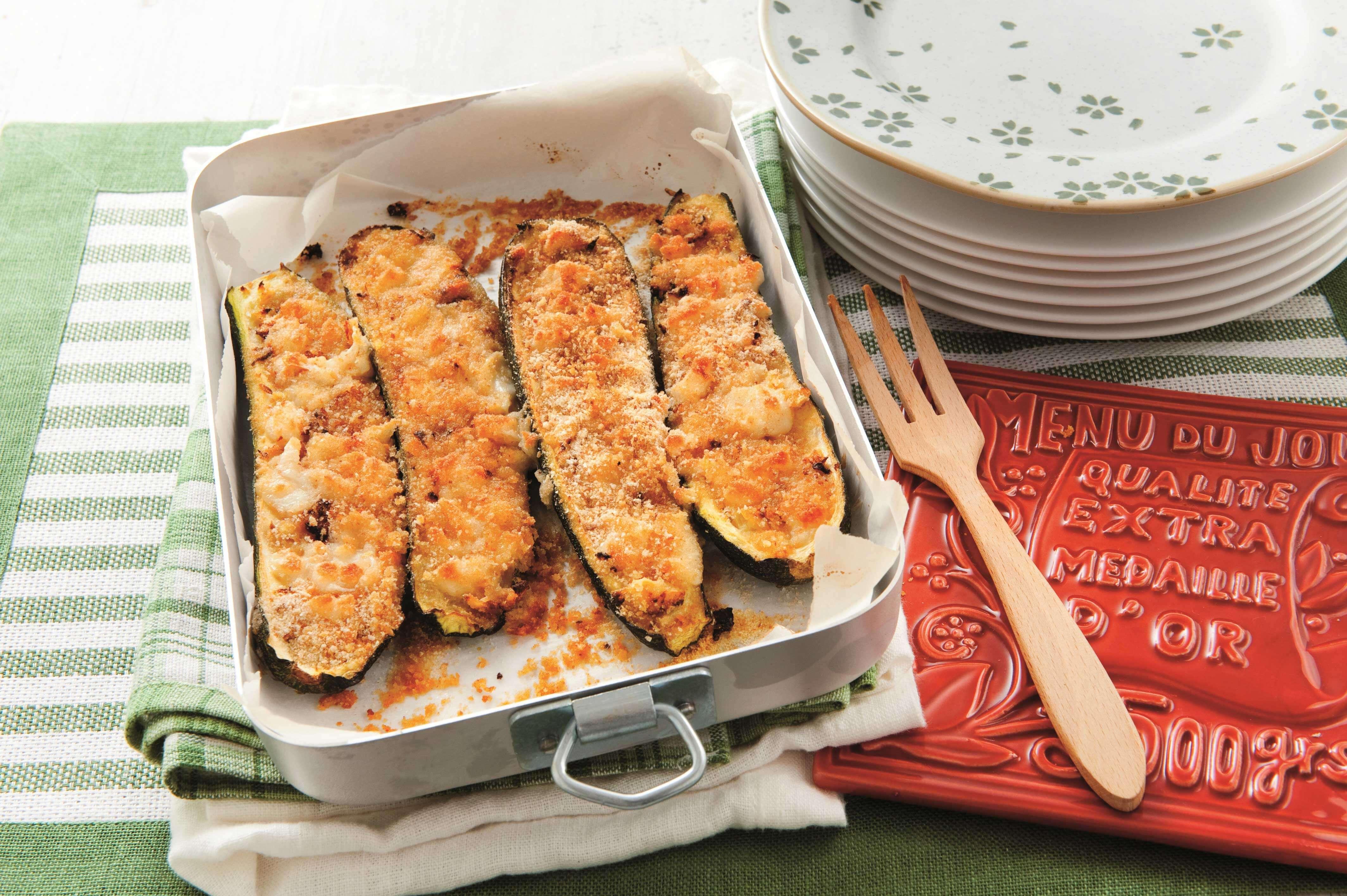 Knusprig überbackene Zucchini mit Mozzarella
