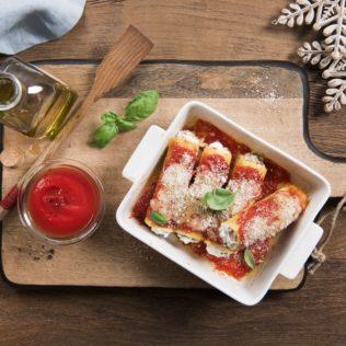 Cannelloni-mit-Ricotta-Schinken-Tomaten-und-Parmesan