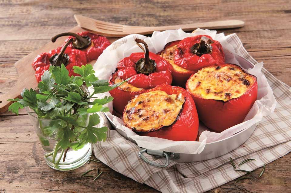 Gefüllte Paprika mit Ricotta aus dem Ofen