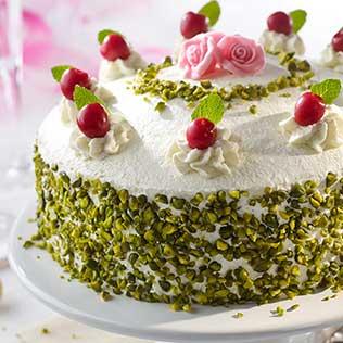 Mascarpone Kirsch Torte mit Pistazien