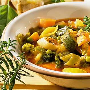 Minestrone Italienische Gemüsesuppe