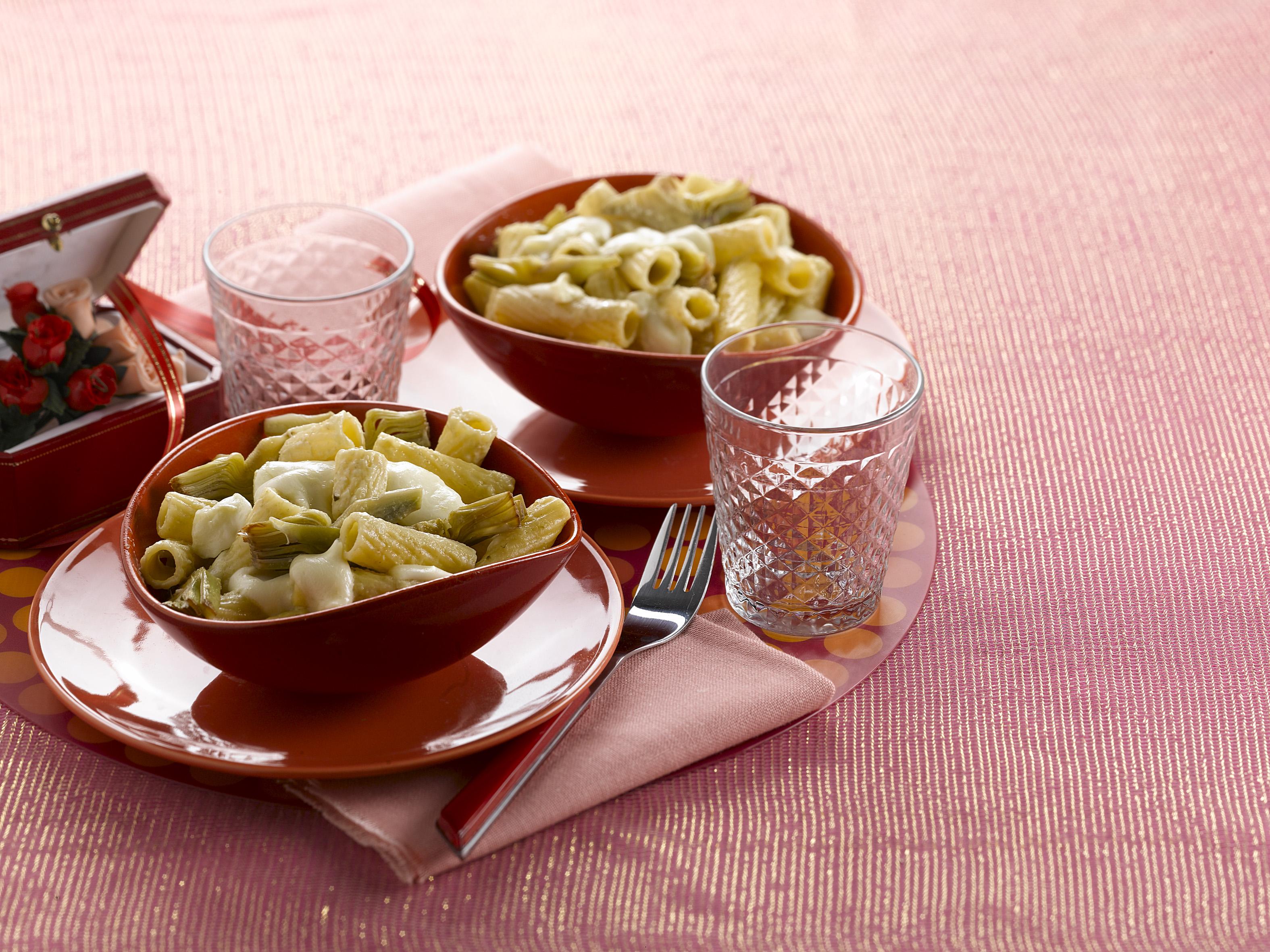 Pasta mit Mozzarella und Artischocken Rezeptzubereitung